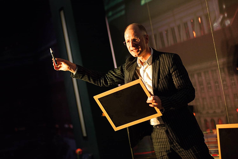 Zauberer aus Leipzig für Firmen Tagung Gala Bankett