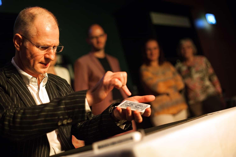 Zaubershow Theater Zauberkünstler Markus Teubert